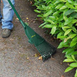 râteau pour ramasser les feuilles